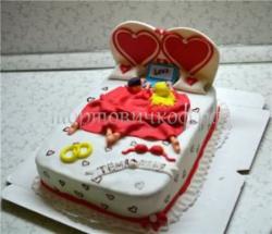 Торт на заказ - в постели