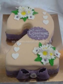 Торт на заказ - цифра 2 года - ( Бежевый )