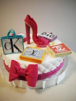 Торт для начальницы - Каблучок