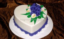 Торт на заказ - Сердце ( Оформление синее